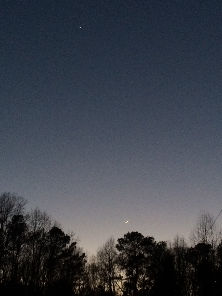 Venus and the crescent moon at sunset, Lawrenceville, GA, January 29, 2017